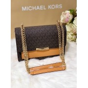 Dámska kabelka Michael Kors Jade Large Logo and Leather Crossbody Bag Brown