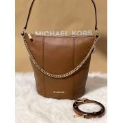 Dámska kabelka MICHAEL KORS Brooke Medium Bucket Messenger Leather Luggage